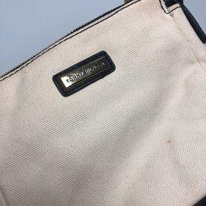 Tommy Hilfiger Bags - 🌸2/$12. Vintage Tommy Hilfiger Crossbody Bag